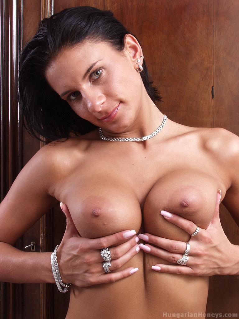 Strippers big tits