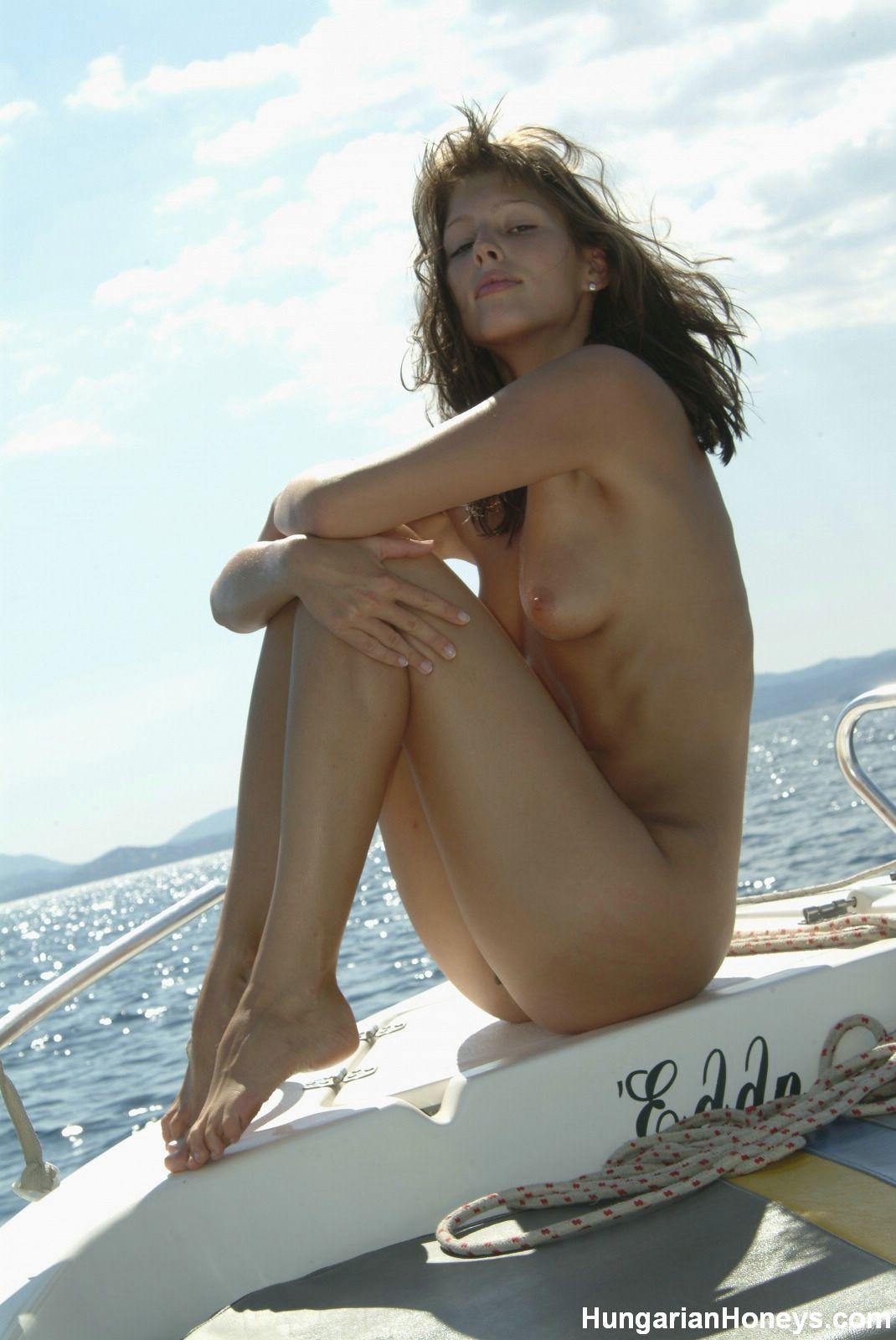 Petite women naked pics