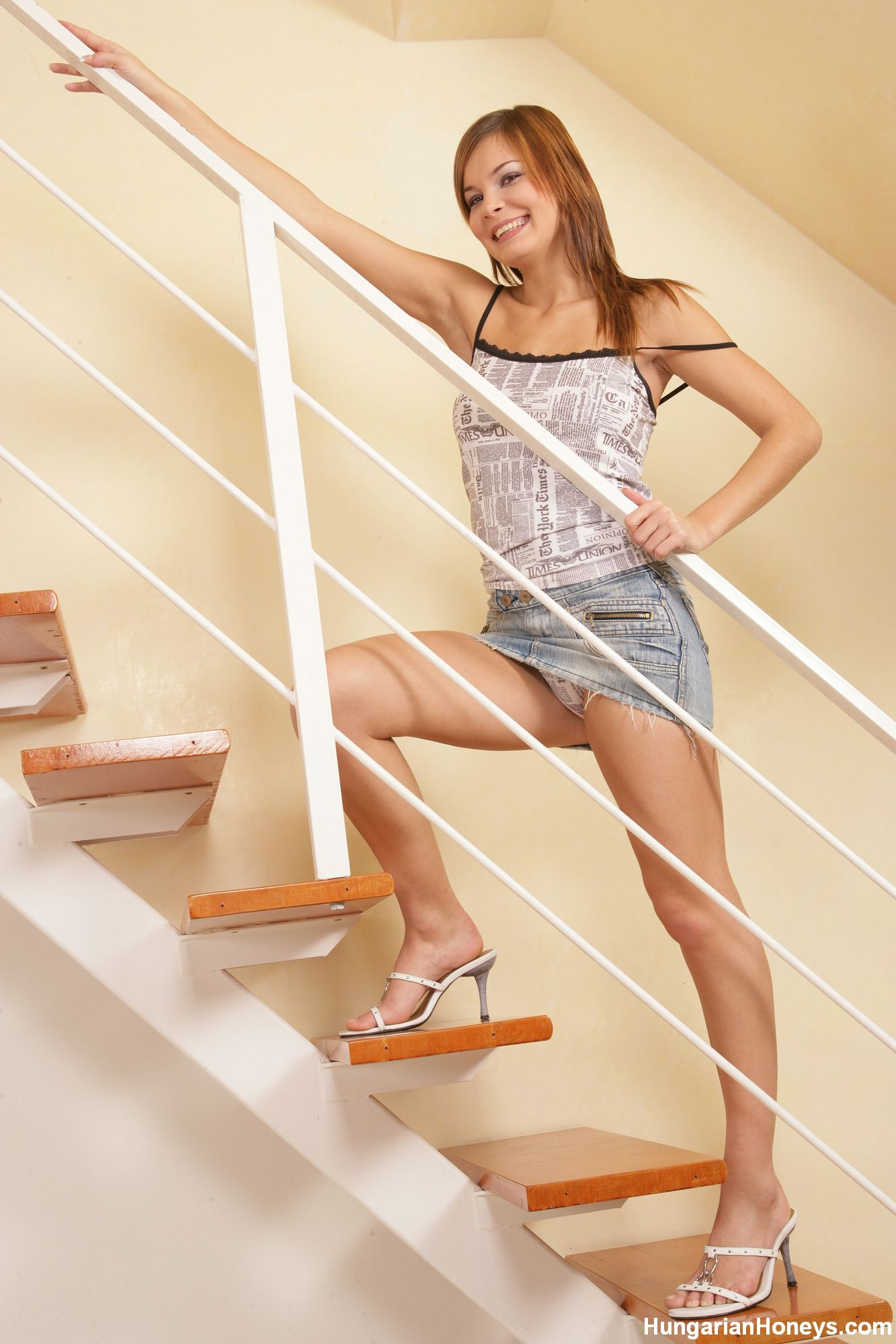 Lucy Lux Stairway To Snatch